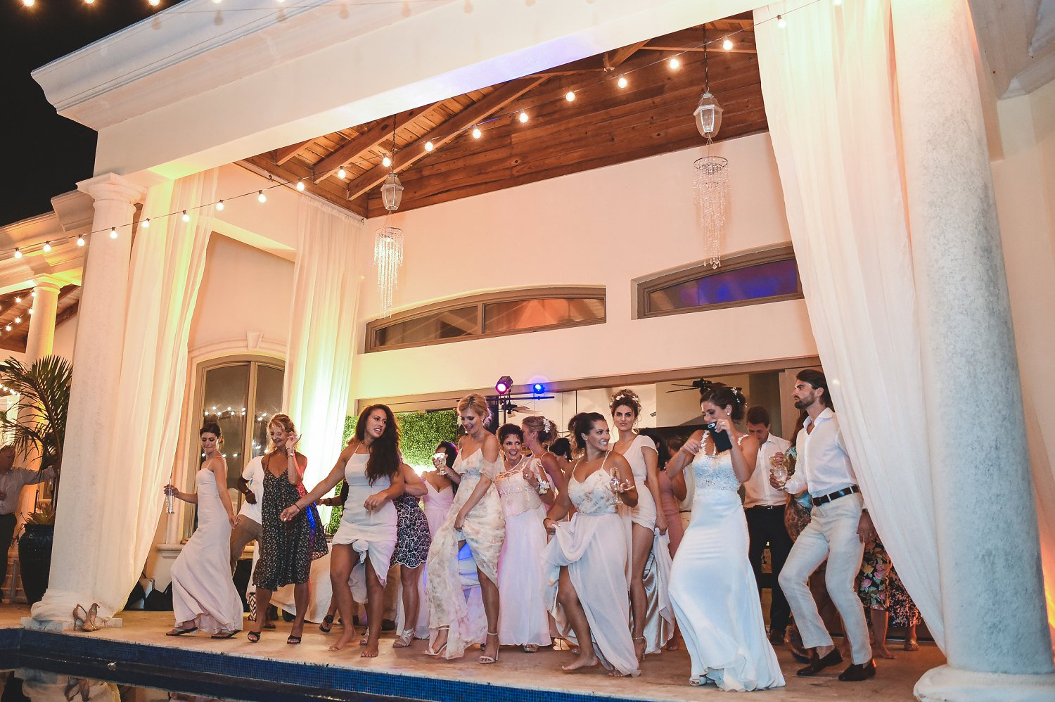 Everybody on the dance floor at Villa Serenita wedding in St. Thomas
