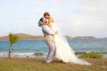 Must have destination wedding photo