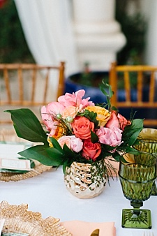 Tropical style centerpieces for wedding decor