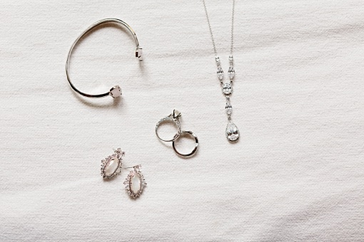 Simple bridal jewelry.